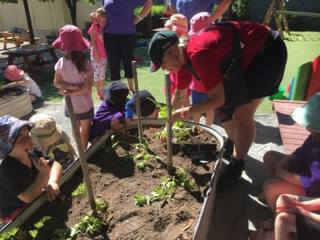 Bunnings visit to TCC - March 2017 10